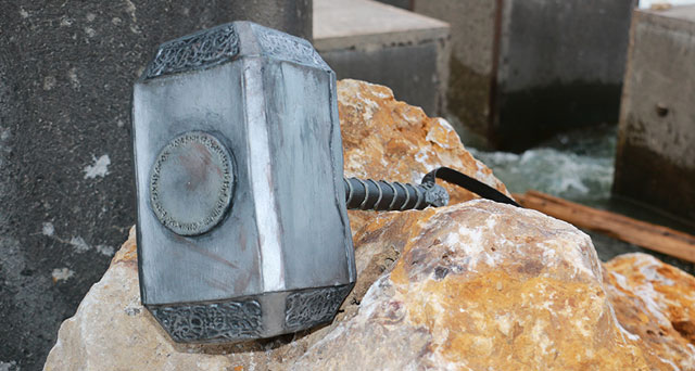 Foamsmithing: Creating Mjolnir as a cosplay prop